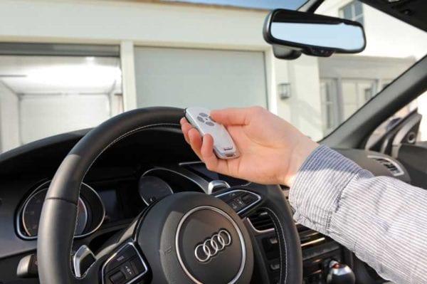 Håndsender til garasjeport